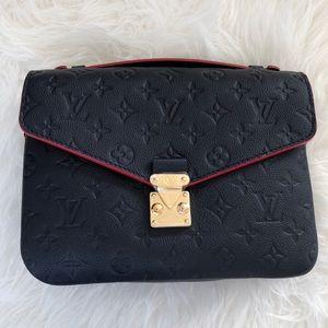 Louis Vuitton Pochette Metis Empreinte Marine Red